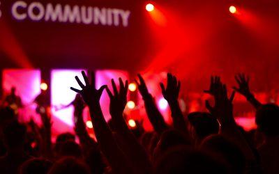 Como organizar un evento de éxito mezclando el online con el offline